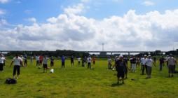 去る平成23年9月3日(月)、『第30回神奈川教区長杯争奪神浄青ソフトボール大会』が中郡組の担当のもと、平塚市民スポーツ広場で行われました。 今年は9月の残暑が厳しい中での大会になり、熱中症が心配になってしまうほどの好天 […]