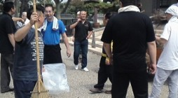 去る平成24年6月29日(金)、鎌倉市の大本山・光明寺様にて毎年恒例の開山忌前清掃奉仕を 行いました。予想された降雨はありませんでしたが、たいへんに蒸し暑い中、神浄青会員が御廟や 境内等を清掃致しました。 また、建物内は […]