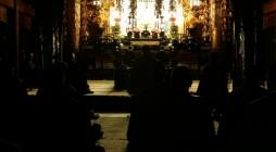 平成20年正月24日(木)、神浄青の恒例事業であります、御忌別時会が大本山光明寺にて開催されました。当日は大変寒さ厳しい日ではありましたが、40名に及ぶ浄青会員にお集まりいただき、沢山のお念仏をお称えする事ができました。 […]